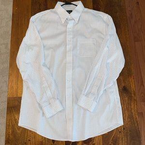 Jos A Bank Traveler shirt 17-35